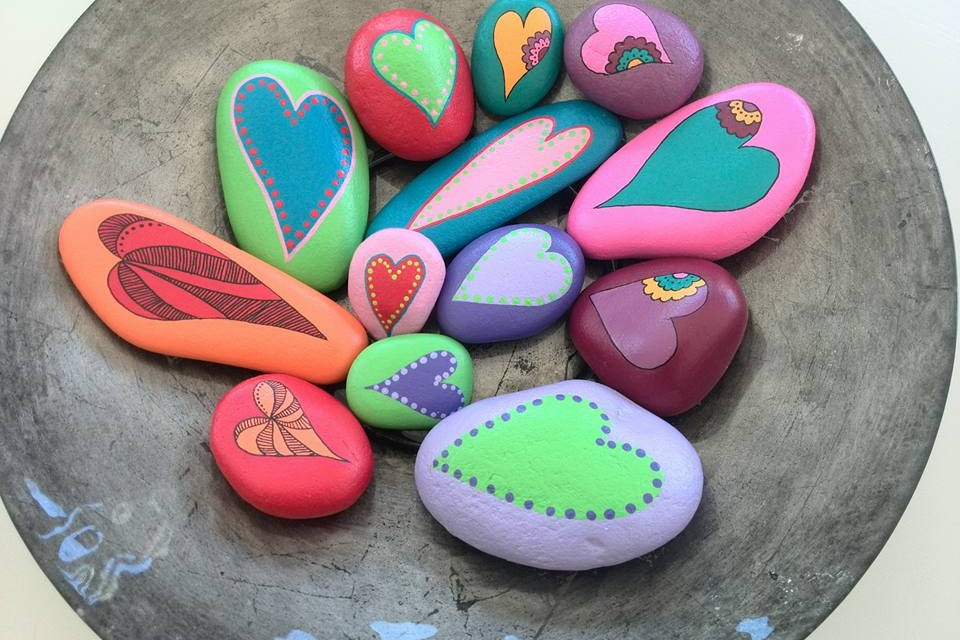 Beautiful painted heart stones by Luv Lulu